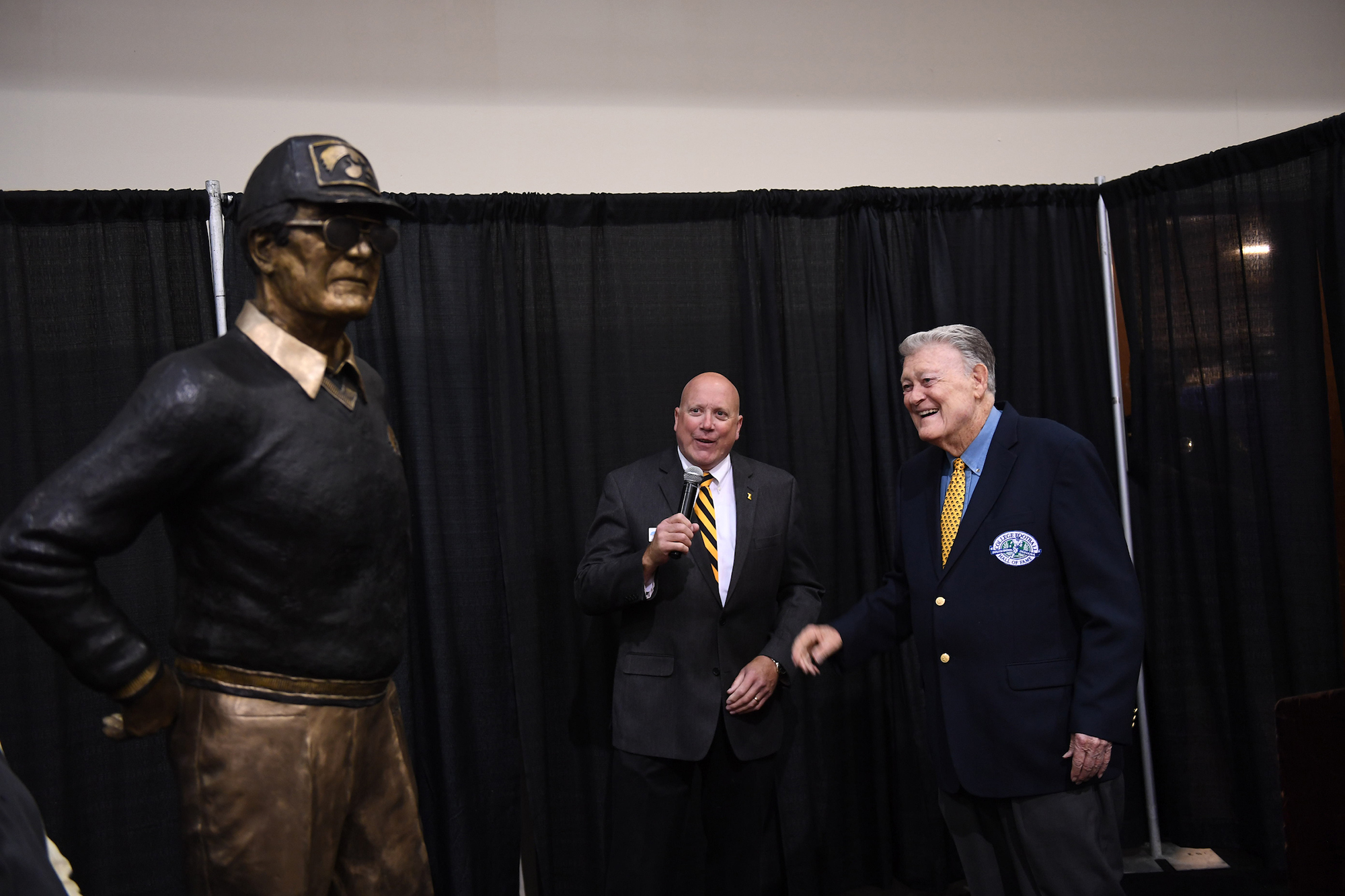 Hayden Fry at the unveiling of a statue in his honor