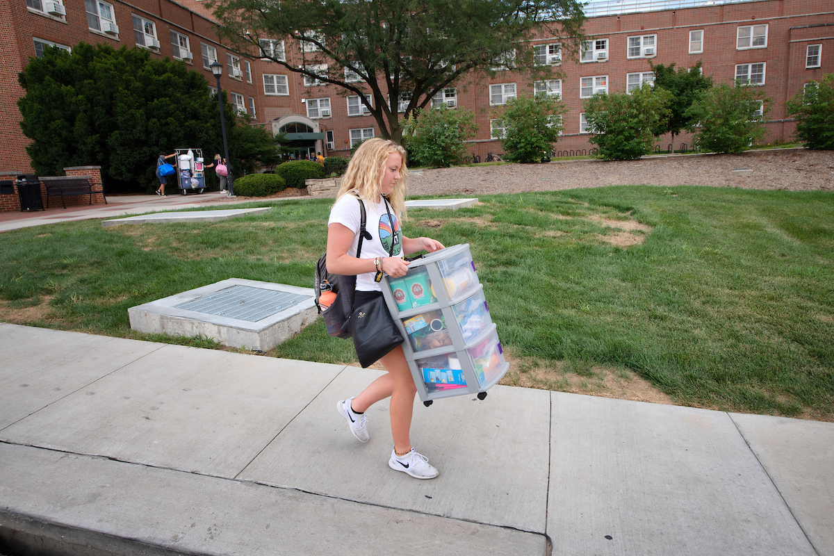 Olivia Nurre moving in