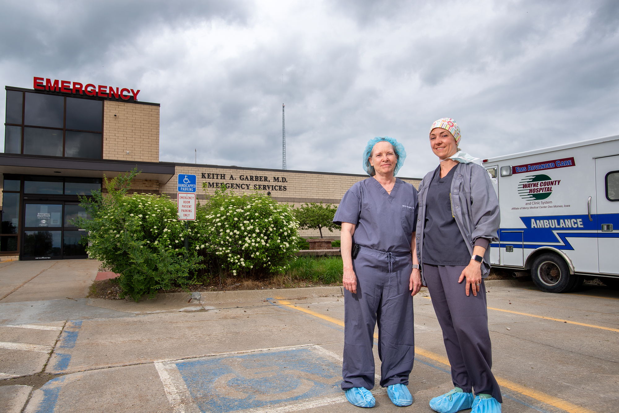 Valerie and Amanda McKinley standing outside the hospital in Corydon, Iowa