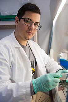 University of Iowa student Eric Ortiz in the lab