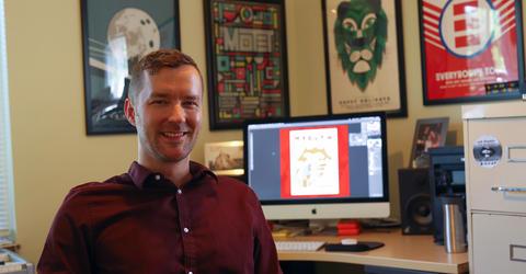 University of Iowa alum Mike Tallman in his studio