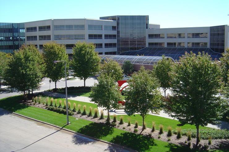 exterior shot of University of Iowa Hospitals & Clinics