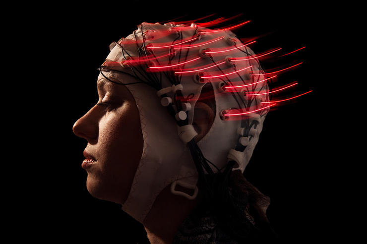 Measuring brain waves photo