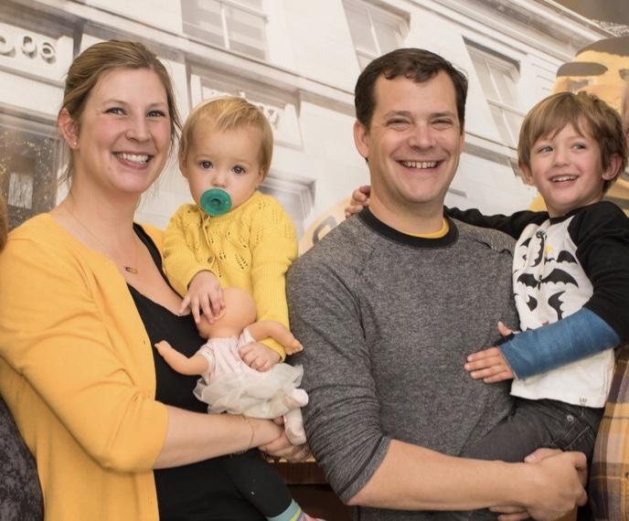 university of iowa alumni lauren and karsten temme and their two children